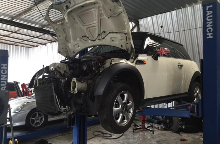 ซ่อมเครื่องยนต์ มินิ R50