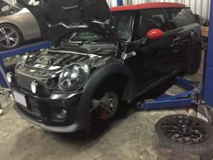ซ่อมช่วงล่าง mini R60